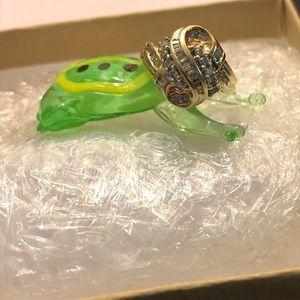 EUC Woman's Diamond Ring